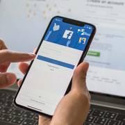 Facebook 'phả hơi nóng' vào sàn thương mại điện tử