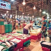 Bác tin đồn đóng cửa chợ đầu mối Bình Điền