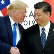 Ông Trump dọa trừng phạt doanh nghiệp không chịu rời Trung Quốc