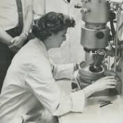June Almeida, 'kẻ tầm thường' phát hiện corona virus