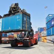 Ấn Độ tính áp thuế cao với hàng Trung Quốc