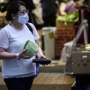 Siêu thị, cửa hàng tiện ích toàn Nhật Bản bắt đầu tính tiền túi ni lông