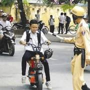 Bỏ quy định người điều khiển xe đạp điện phải có bằng lái hạng A0