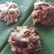 Món ph'le và món nhom ăn với mắm prahok