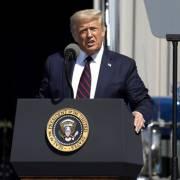 Ông Trump dọa trừng phạt công ty Mỹ từ chối 'đem việc làm về nước'