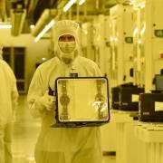Samsung thu hẹp khoảng cách sản xuất chip với TSMC