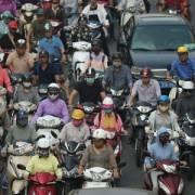 Hà Nội thí điểm hỗ trợ người dân đổi xe máy cũ lấy mới