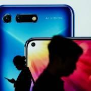 Huawei có khả năng bán bộ phận sản xuất smartphone Honor