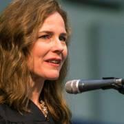 Bà Amy Coney Barrett được phê chuẩn làm Thẩm phán Tối cao Pháp viện