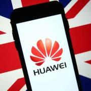 Anh cấm lắp đặt thiết bị 5G của Huawei từ tháng 9/2021