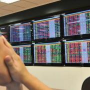 VN-Index giảm kỷ lục hơn 60 điểm