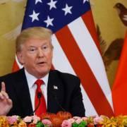 Ông Trump tung đòn chống Trung Quốc vào phút chót