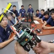 Việt Nam cần các chương trình giáo dục kỹ thuật và dạy nghề chuyên biệt