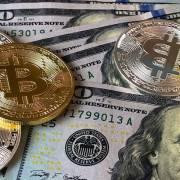 Bitcoin không thể thay thế USD