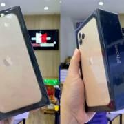 Apple thu đổi iPhone 11 Pro Max chỉ bằng 35% giá trị máy mới bóc tem
