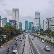 Indonesia thuyết phục người dân sinh ít con hơn