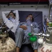 Ấn Độ bất lực trước làn sóng Covid-19 mới