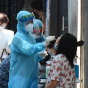 TP.HCM lấy mẫu xét nghiệm toàn bộ người về từ Đà Nẵng, các tỉnh phía bắc