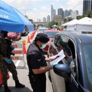 Ca nhiễm Covid-19 tăng vọt, Malaysia ban bố lệnh phong tỏa toàn quốc