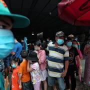 TP.HCM: Không tụ tập quá 10 người ngoài công sở, bệnh viện