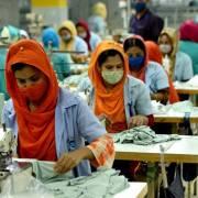 Chuỗi cung ứng thời trang toàn cầu bị ảnh hưởng vì dịch bùng phát tại Ấn Độ