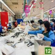 TP.HCM đã dự trữ đủ hàng hóa, siêu thị tăng thời gian mở cửa khi giãn cách