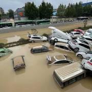 Trung Quốc oằn mình gánh mưa lũ