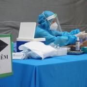 Bộ Y tế phản hồi về đề xuất tiêm vắc xin cho người từ 12-18 tuổi