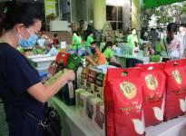 Giá giảm, nhiều doanh nghiệp lại lo bí đường xuất khẩu gạo