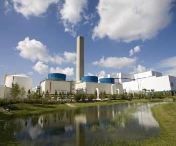 Thái Lan lùi thời điểm khai thác thương mại 14 dự án điện tái tạo