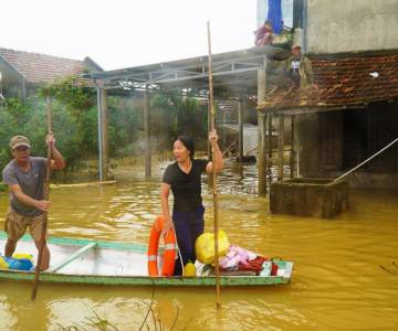 Bão lũ hoành hành có thể khiến Việt Nam mất hàng tỷ USD