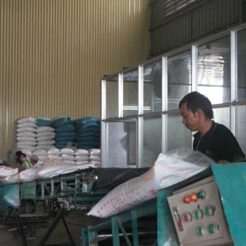 Xuất khẩu gạo : doanh nghiệp sợ ký hợp đồng mới