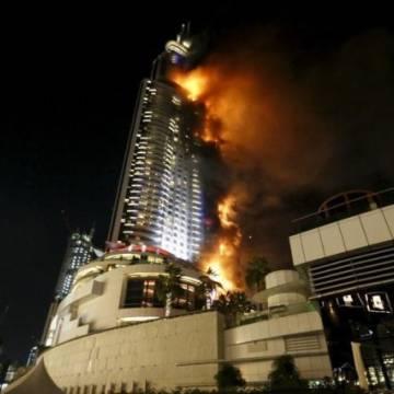Dubai: Khách sạn 63 tầng cháy kinh hoàng