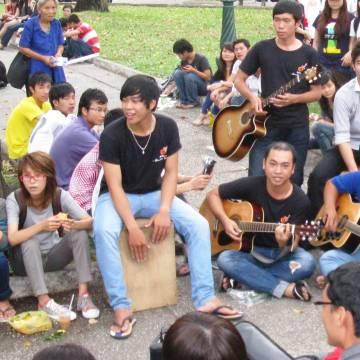 Trần Tiến Dũng: Người Sài Gòn và thú vui ca hát