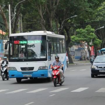 TPHCM: Mỗi năm trợ giá xe buýt hơn 1.000 tỷ, hành khách đi xe vẫn giảm đều