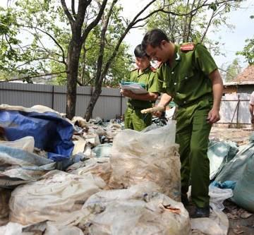 Đà Lạt: Phát hiện 12 tấn măng ủ hóa chất