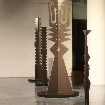 Ẩn dụ duy mỹ điêu khắc Lê Công Thành