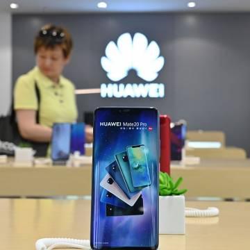 Huawei xuất xưởng 1 triệu smartphone chạy HongMeng OS