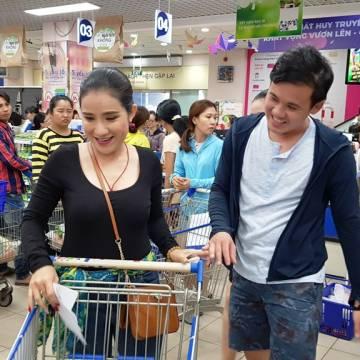 Hàng vào siêu thị: Câu chuyện thương hiệu và phân phối bền vững