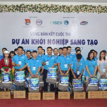 [Photo] 'Kỳ lân' Việt tranh tài