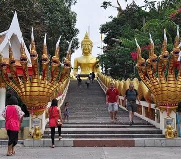 Thái Lan chịu hệ lụy từ đồng nội tệ tăng vọt