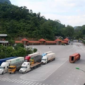 Bác tin hàng hóa ách tắc tại các cửa khẩu ở Lạng Sơn