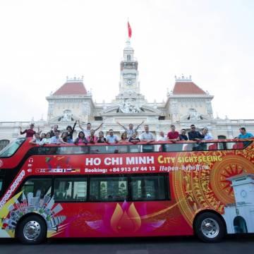 TP.HCM mở tuyến buýt du lịch mui trần 24 giờ khám phá thành phố