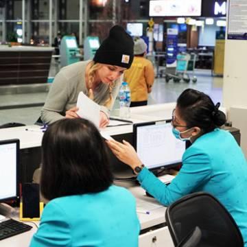 Khách bay đi Trung Quốc được miễn phí huỷ vé, đổi hành trình
