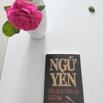 Đọc sách: Sài Gòn Bún bò không bản quyền