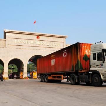 Dừng thông quan hàng qua Trung Quốc tại một số cửa khẩu đến ngày 9/2