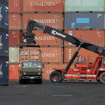 VEPR nghi ngờ Việt Nam trở thành 'điểm trung chuyển' hàng Trung Quốc sang Mỹ