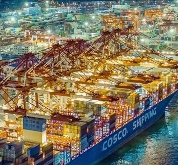 Bloomberg: Kinh tế Trung Quốc sẽ tăng trưởng 2,5% trong năm nay