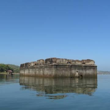 Sangkhlaburi và ngôi chùa chìm đáy nước