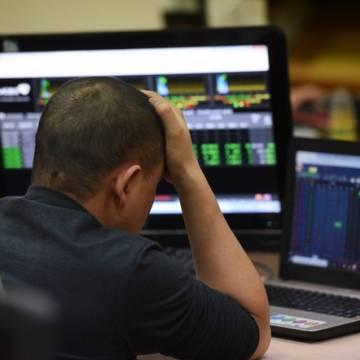 Thị trường chứng khoán: thuế, phí 'bào' kiệt sức nhà đầu tư